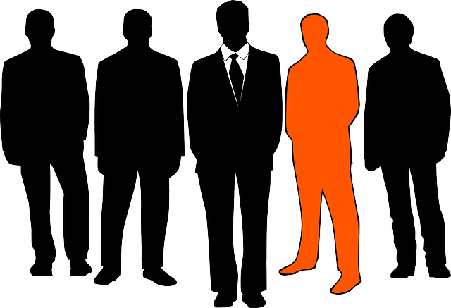 businessmen-152572_640.png